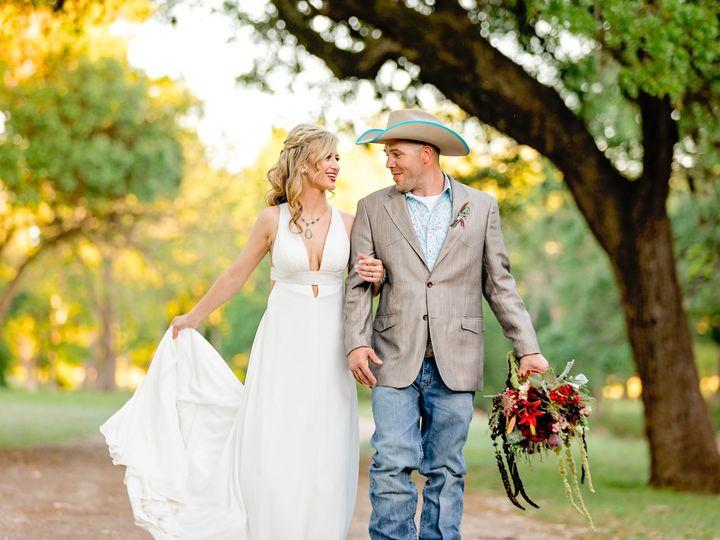 Tmx 5y8a7083 Copy 51 1259061 1570043754 La Vernia, TX wedding photography