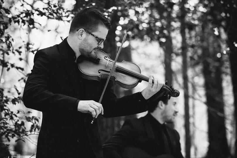 Playing the violin photo Paul Robert Bermanhttp://www.paulrobertberman.com/