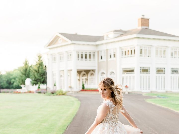 Tmx Styled Shoot Bride Running 51 1901161 159530419127334 Bronx, NY wedding planner