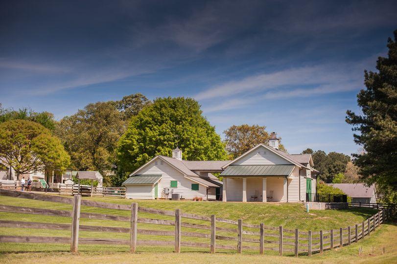dbf chamblee dunwoody side view of barn 51 1031161