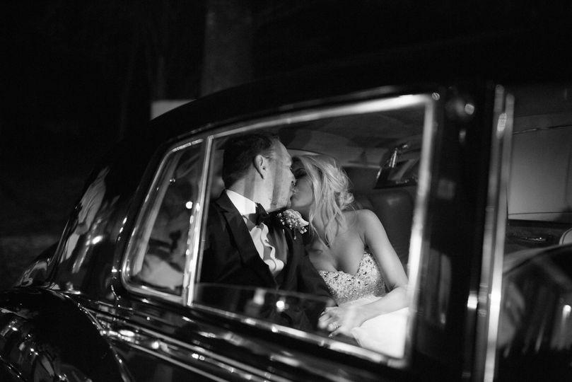 Kiss Beautiful Exchange Photography
