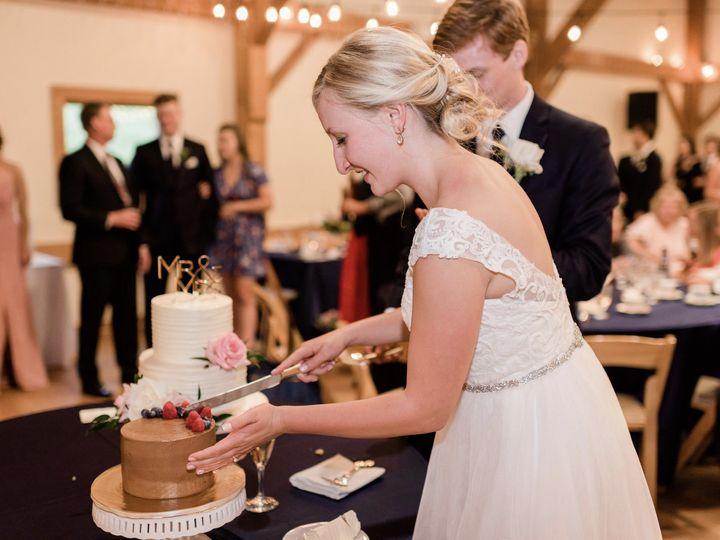 Tmx 59974543 10211732797310134 2222697828252123136 O 51 1073161 1563375982 Ann Arbor, MI wedding cake