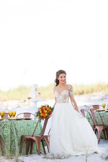Pretty bride | Photos by dragonfly photography home: barefoot bungalow ii