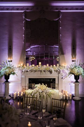 fireplace wedding decoration