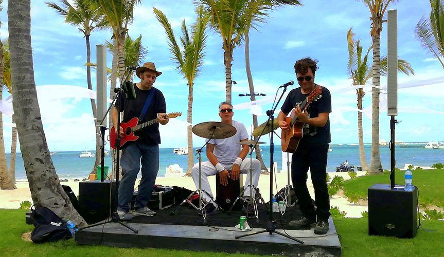 Trio beach performance