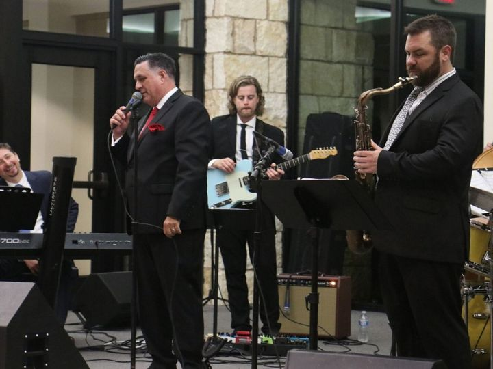 Tmx Screen Shot 2018 09 13 At 3 24 17 Pm 51 1020261 Dallas, TX wedding band