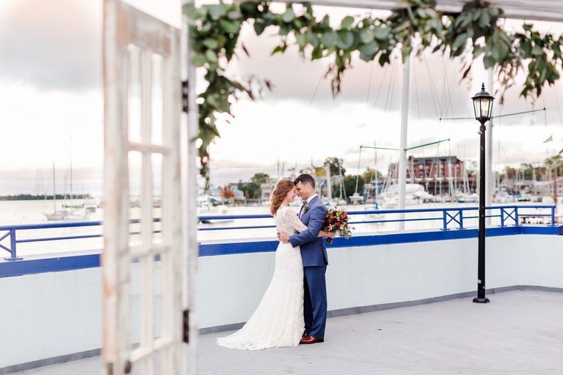 annapolis waterfront hotel wedding photos 0101 51 440261