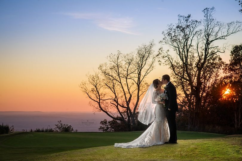 bridals 002 51 191261 157922295635862