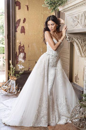 Chic bride