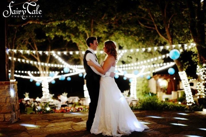 Simple Elegance Weddings and Special Events