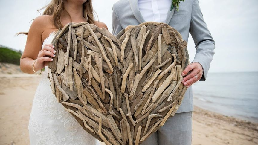 wood heart pic from larerro 51 1026261