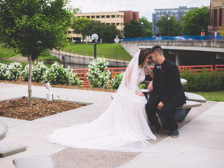 Tmx Bestdayever 29 51 1947261 158749737468691 Stacyville, IA wedding photography
