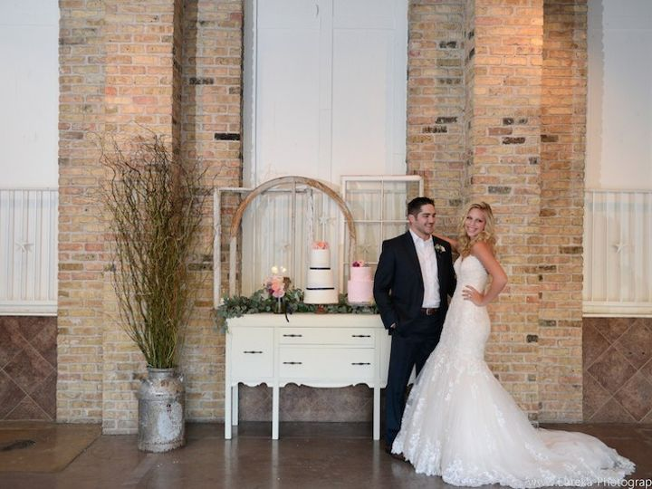 Tmx 1431024135245 Anntayloreurekaphotographypalmdoorweddingphotograp Austin, Texas wedding beauty