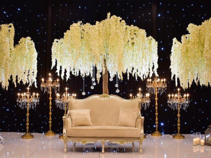 Tmx Photoshoot8 Tree2 51 570361 1558707924 Mount Laurel, NJ wedding venue