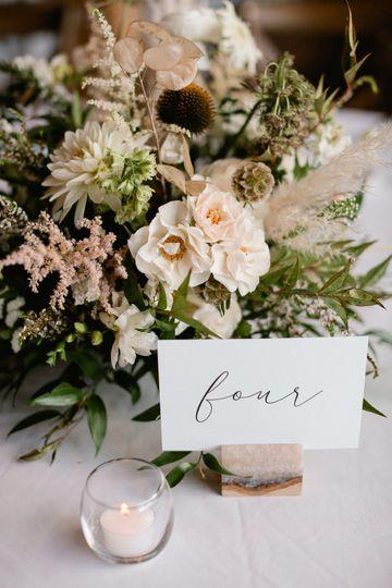 Laura Murray Photography // EmmaLea Floral
