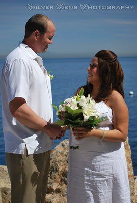 Beach wedding . Bride & Groom