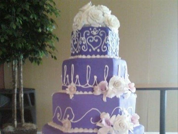 Tmx September132017 018 51 1218361 158688872891206 Spring Hill, KS wedding cake