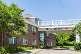 Baymont Inn & Suites Des Moines Airport Conference Center