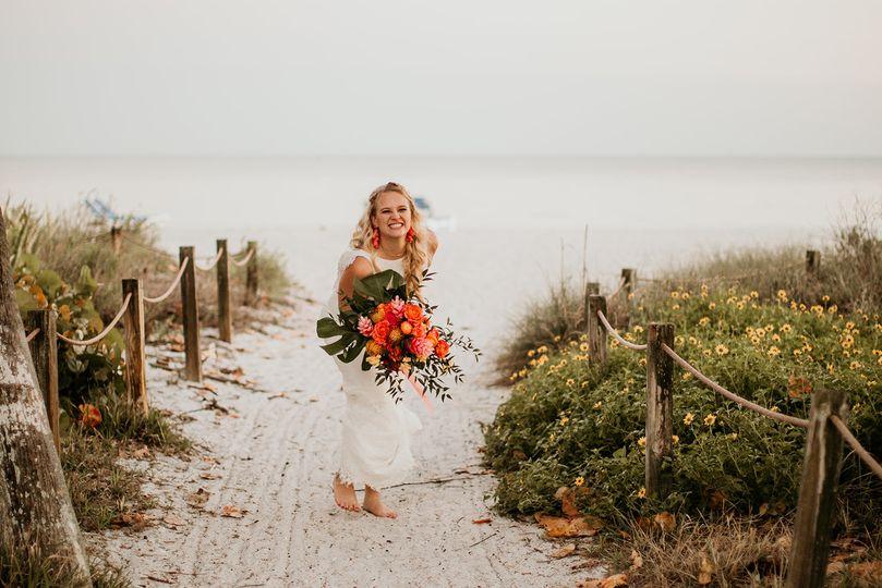 Tropical boho bride