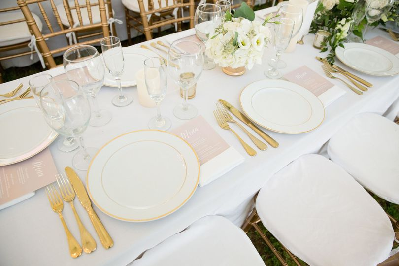 Table setting for sit down