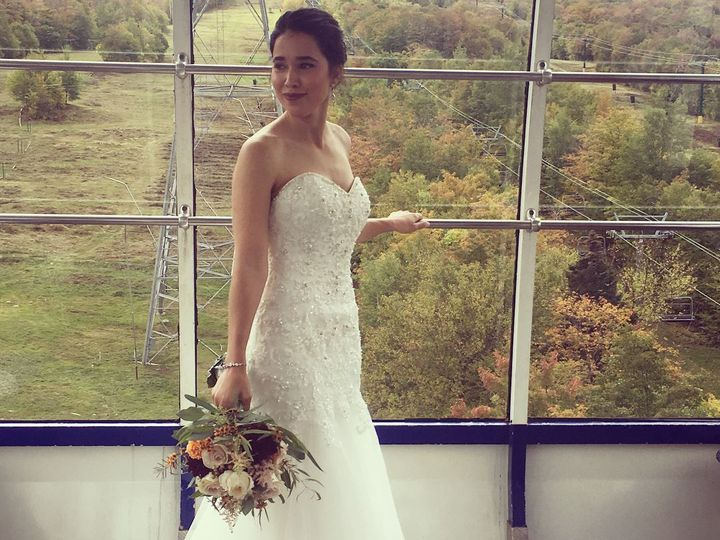 Tmx 22254705 10100303815119332 4530808253287820070 O 51 927461 Burlington, VT wedding beauty