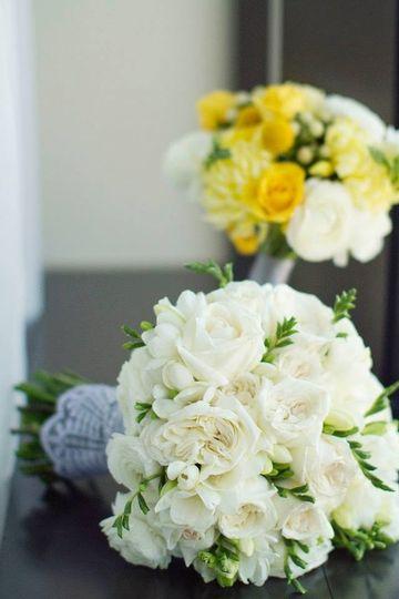 sugar n 39 stems flowers denver co weddingwire. Black Bedroom Furniture Sets. Home Design Ideas