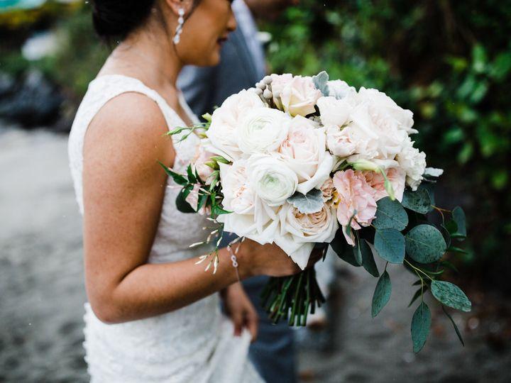 Tmx 1522793696 F11bb818cc99a191 1522793692 3d948979500856ab 1522793675826 11 Katlintyler3098 Seattle, Washington wedding florist