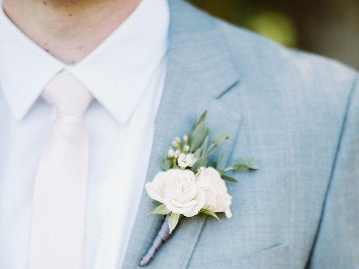Tmx 1522793989 4fe145c9e84296fa 1522793986 138ad60d8b3d95d9 1522793973657 26 KYLIE SCOTT 0285 Seattle, Washington wedding florist