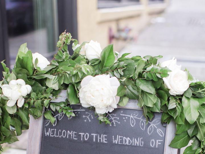 Tmx 1522795056 F123e0c7ce94815a 1522795052 73e0f4fd8a1f0974 1522795036070 45 Bonnie Darin Melr Seattle, Washington wedding florist