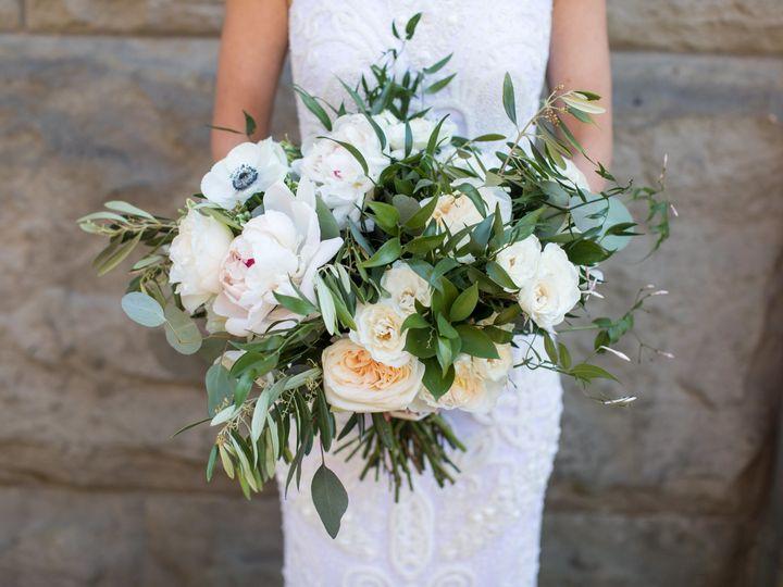 Tmx 1533627883 963e0d8968d792c6 1533627879 5fdd9d2bdcaa34f2 1533627873051 2 HayleyBrian711 Seattle, Washington wedding florist