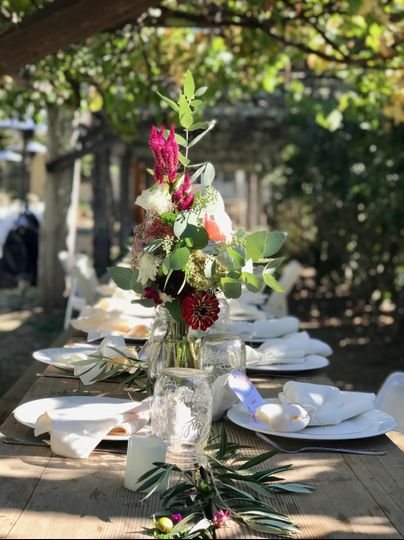 Rustic and elegant table decor