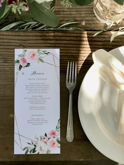 Simple and pretty place settings