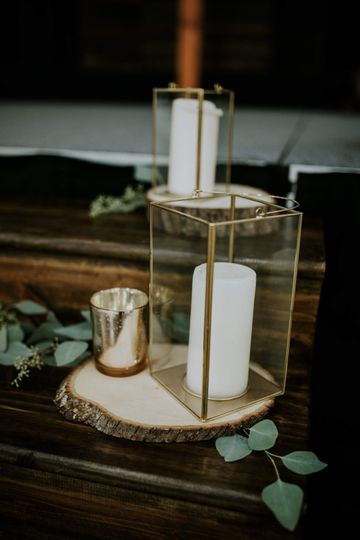 Ceremony candles in Art Deco holders