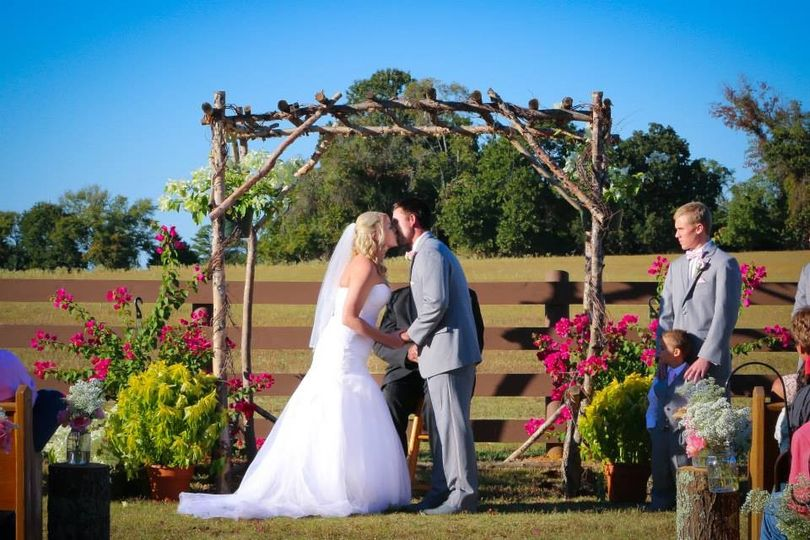 photographer - Kimberly Ann Photography venue - Pistol Creek Ranch (Bullard, Tx)
