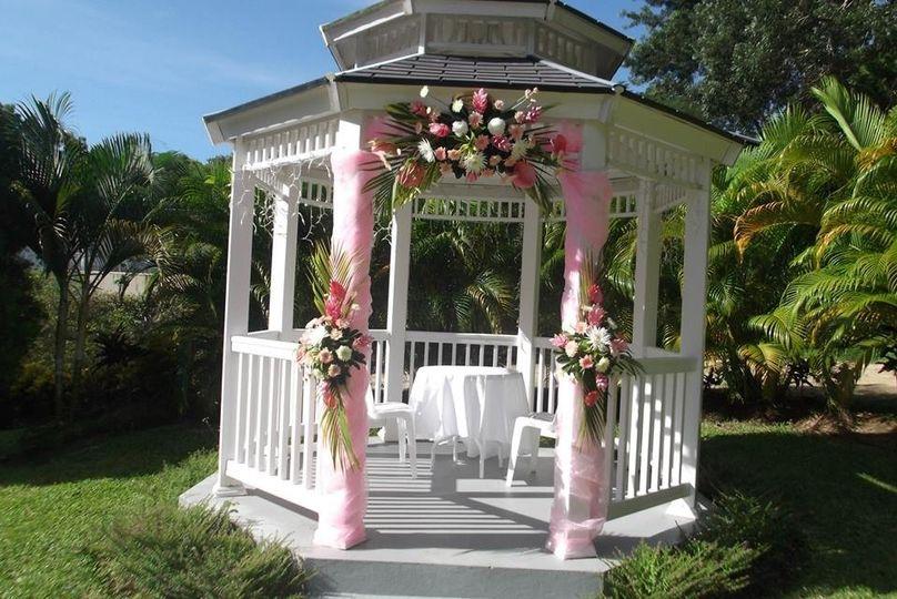 pastel arch
