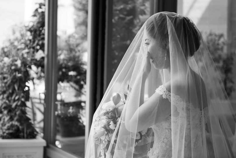 A bride just before her I do's