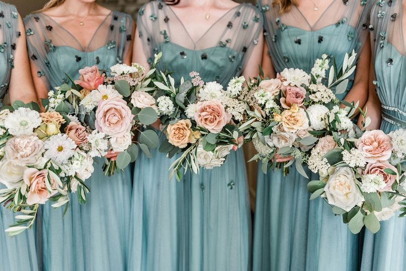 English bridesmaids in Holland