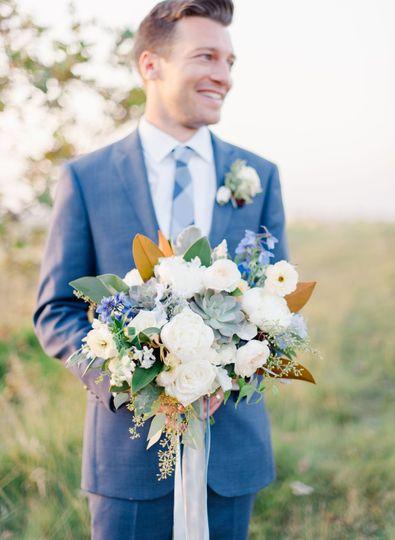 Neutral Bridal Bouquet