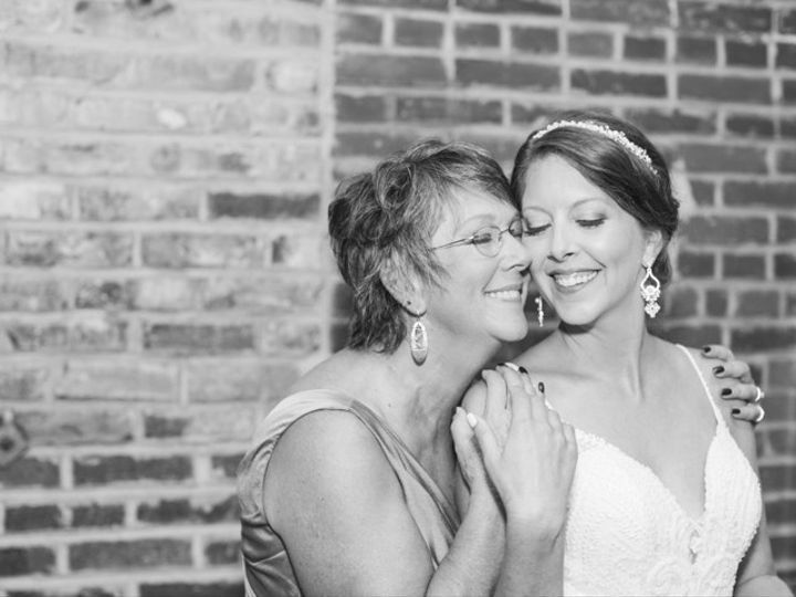 Tmx Erin Devin Highlights 28 51 787561 157860596055716 Lenexa, KS wedding photography