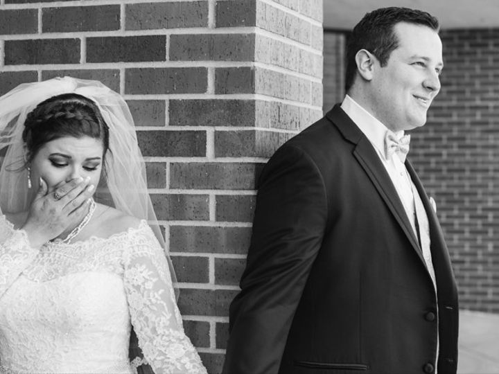 Tmx Taylor Isaac Highlights 26 51 787561 157860596670475 Lenexa, KS wedding photography
