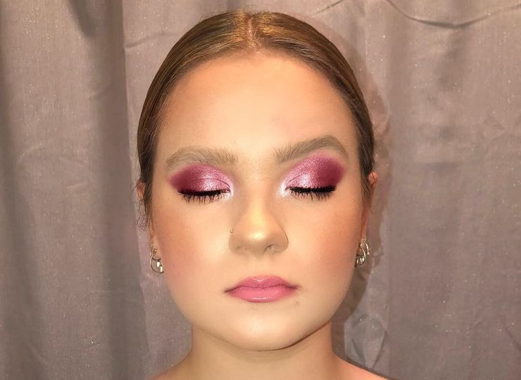Such a fun pink look