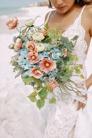 An elegant beach bouquet