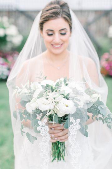 Bridal veil and bouquet