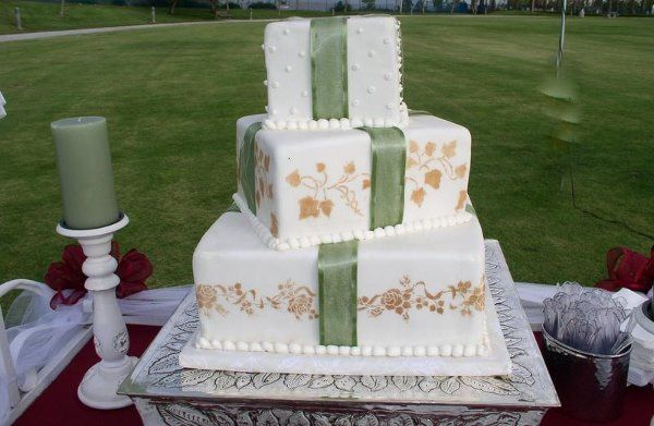 Black Forest Bakery Wedding Cake Lake Forest Ca