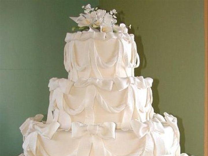 Tmx 1235429809265 WEBSITE004 Lake Forest wedding cake
