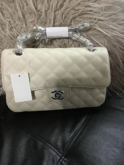 Channel crossover bag