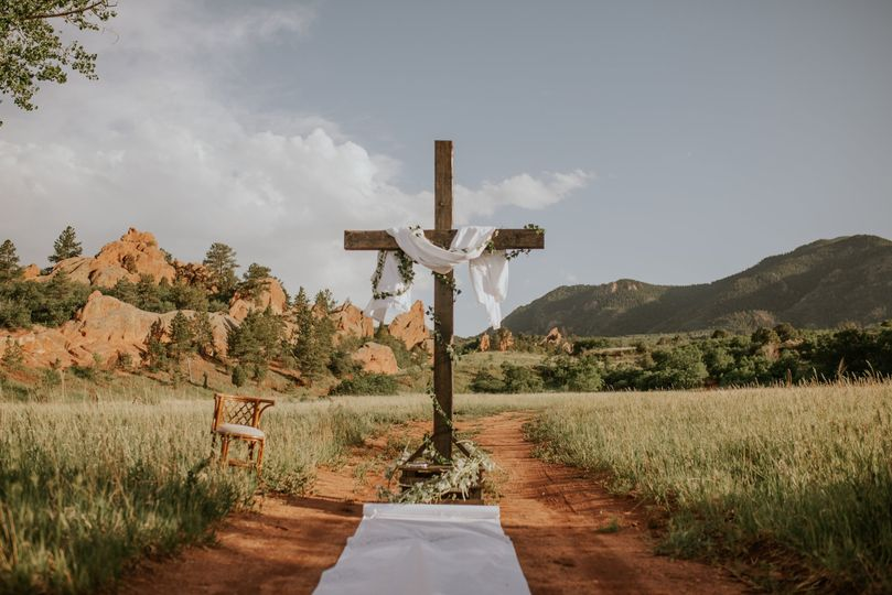 The ceremony site - Golden Moments Film Co.
