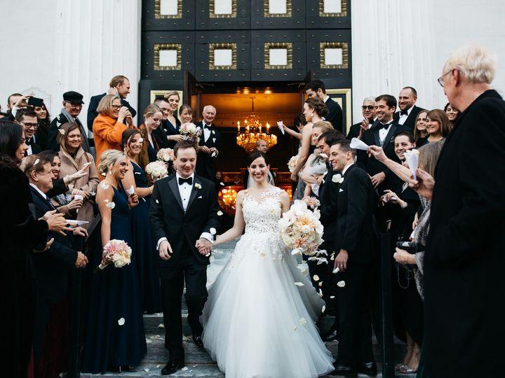 Tmx Thana And Russ Preview 064 51 638661 158867903148852 Philadelphia, Pennsylvania wedding florist