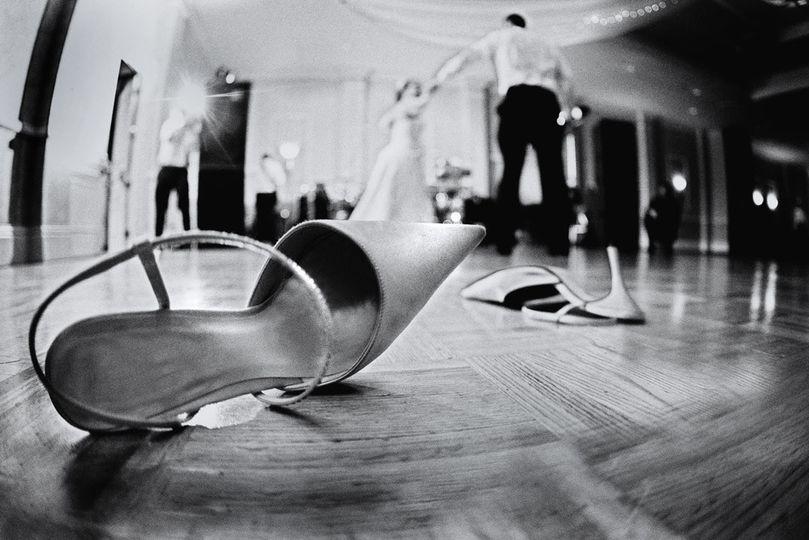 shoe on floor sz