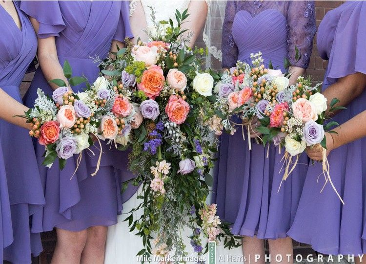 Bride/bridesmaids bouquets